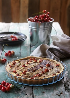 Pie stuffed with vegetables, cottage cheese and cream