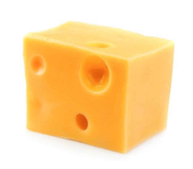 Кусок сыра на белом