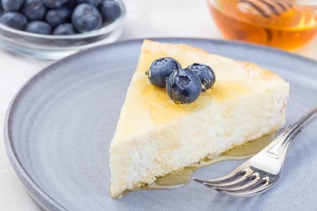 ブルーベリーと蜂蜜のチーズケーキ