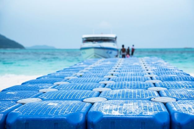 The pier is made of floating buoys made of hdpe plastic.