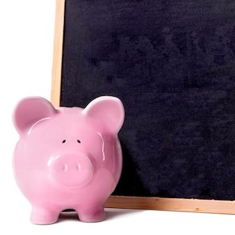 貯金箱の小さな黒板