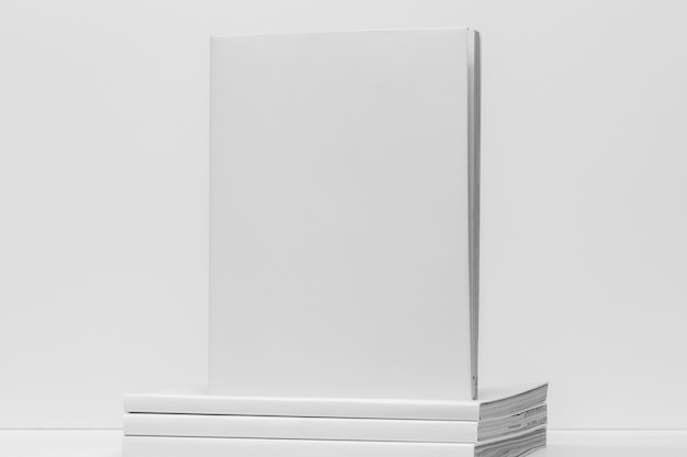 本の山正面図