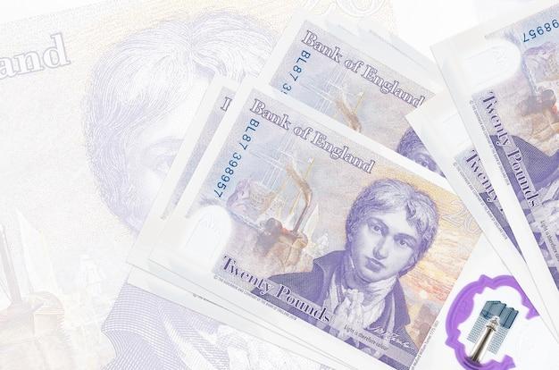 Куча купюр британских фунтов