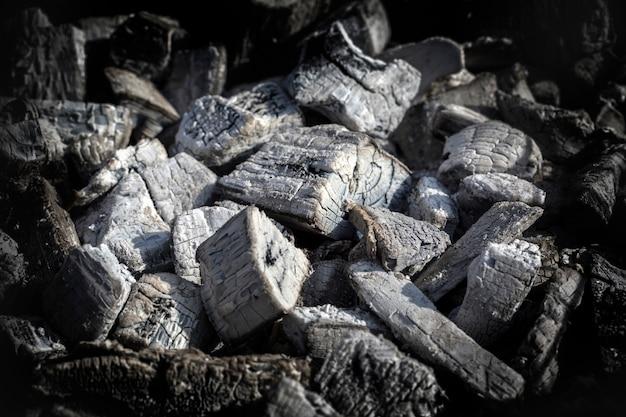 Куча древесного угля