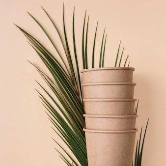 Куча экологически чистых чашек