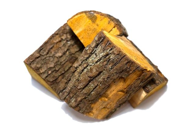 Куча дров, изолированные на белом фоне. фото высокого качества