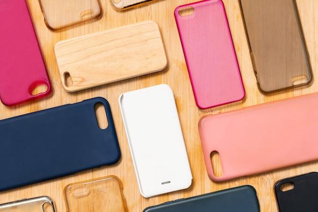 휴대 전화 용 여러 가지 빛깔의 플라스틱 뒷면 덮개 더미