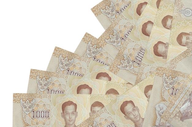 Куча банкнот тайского бата