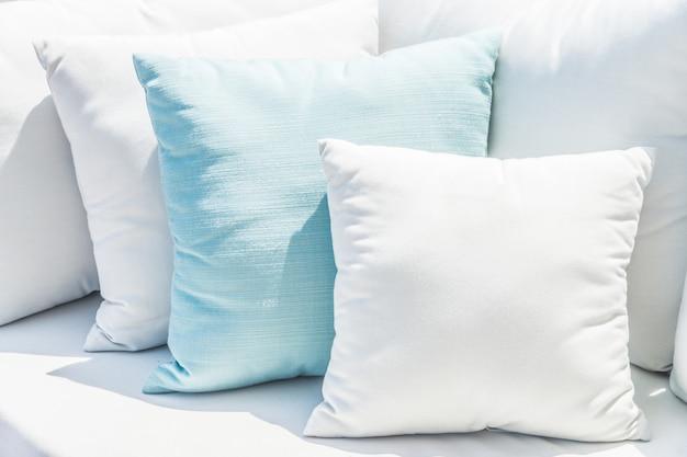 Подушка на диване-кровати