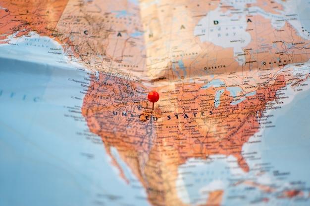 여행 계획에 대한 위치지도에 고정하십시오.