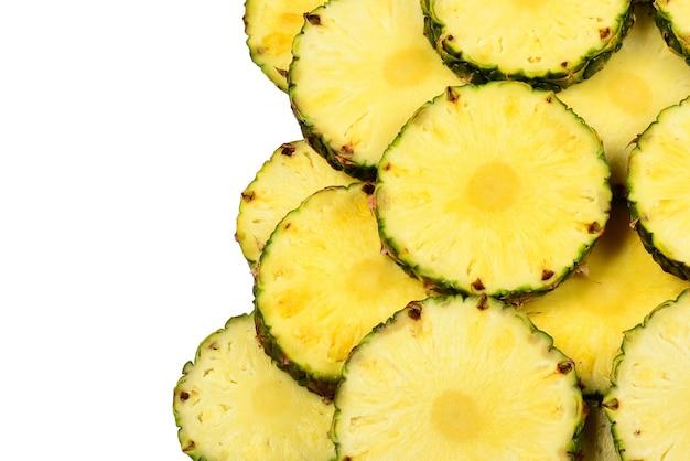 Поверхность сочные желтые ломтики ананаса