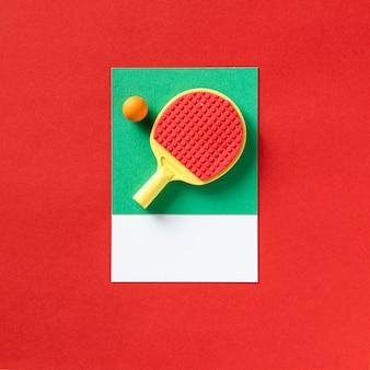 탁구 스포츠 라켓과 공