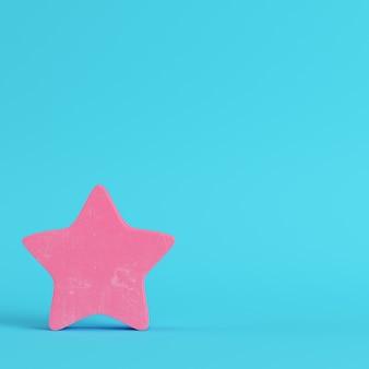 Розовая абстрактная звезда в пастельных тонах