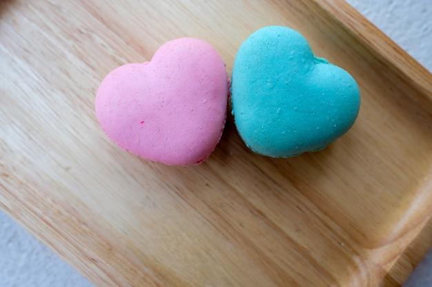 ピンクとブルーのマカロン