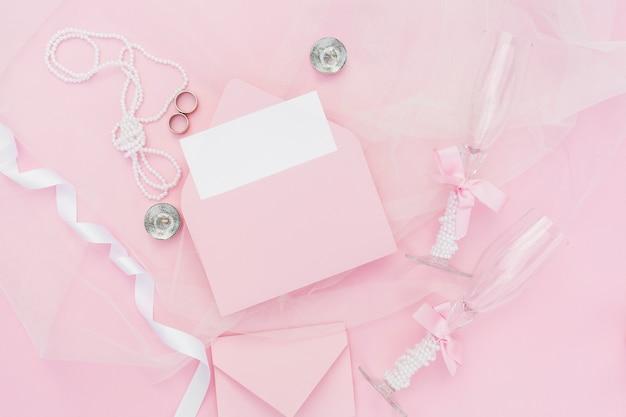 Розовая композиция для свадьбы