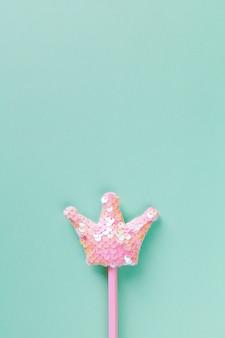 Розовая волшебная палочка