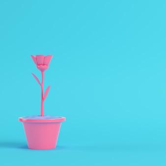 明るい青の鍋にピンクの花