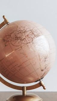 部屋のモバイル画面の壁紙のピンクの地球球