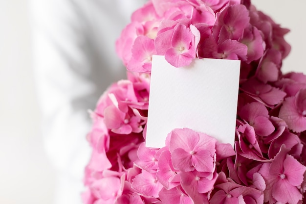 Pink hydrangea bouquet with note