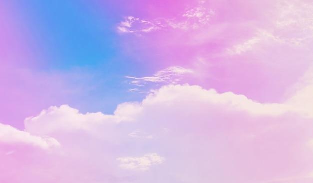 배경에 대한 핑크 파스텔 하늘입니다. 아름다운 낭만적인 꿈꾸는 듯한 구름