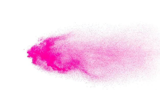 Взрыв розового порошка, изолированные на белом фоне