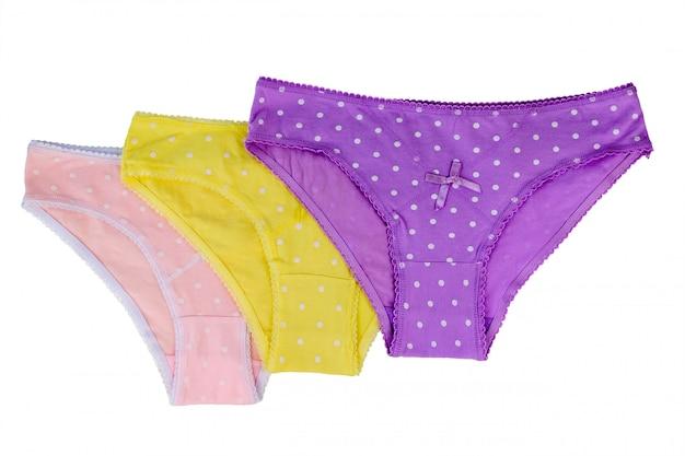 ピンク、紫、黄色の女性の下着