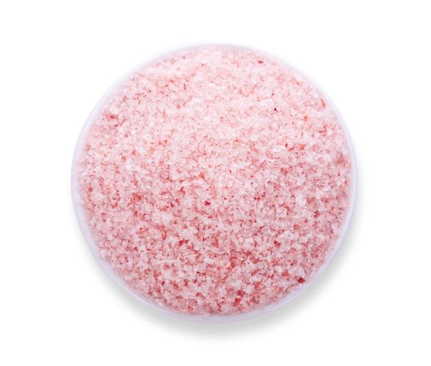 핑크 소금 흰색 배경에 고립