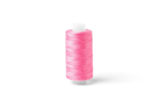 흰색 바탕에 분홍색 스레드입니다.