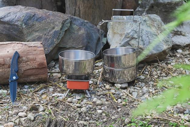 Пинто - название походного горшка для приготовления пищи на маленькой плите в горный день.