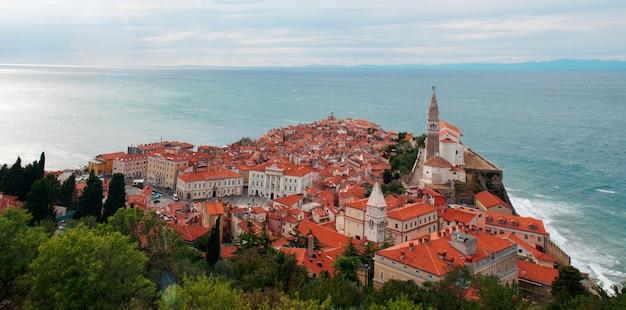Piran cityスロベニア建築航空写真パノラマ