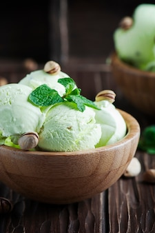 Pistachio icecream with mint and nuts