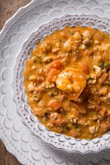 にんにくと油のピトゥ、一種の美味しい甲殻類!