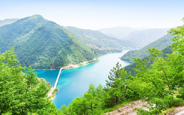 Pivsko jezero、モンテネグロ