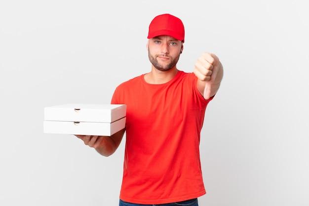 Доставить пиццу человек чувствует себя крестным, показывает палец вниз