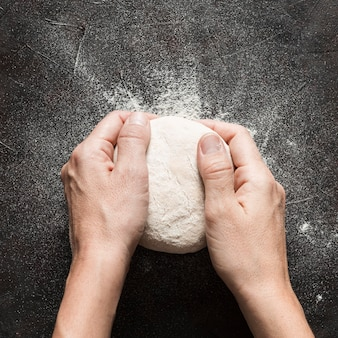Pizza dough knead