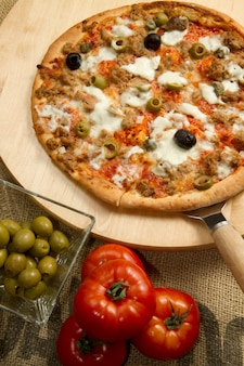Pizza with tuna and olives