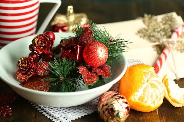 나무 배경에 크리스마스 장소 설정