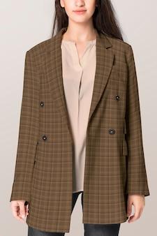 격자 무늬 여성 코트 아우터 캐주얼 패션 디자인 공간