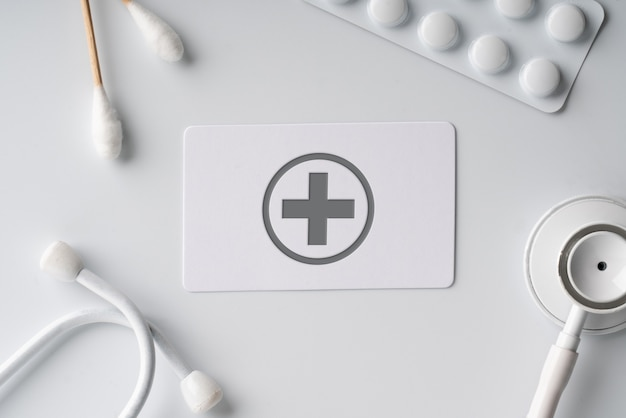 Plain name card with medical icon on white monotone background
