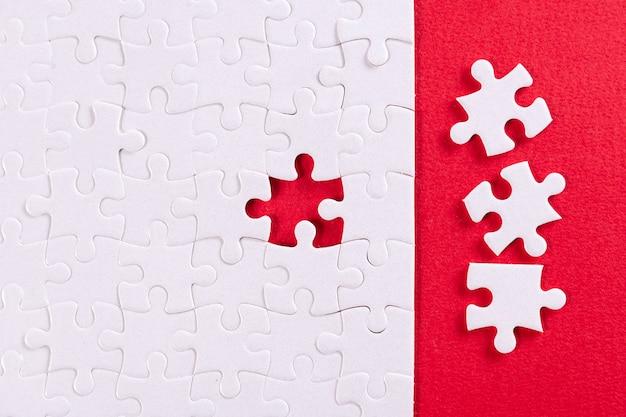 Plain white jigsaw puzzle