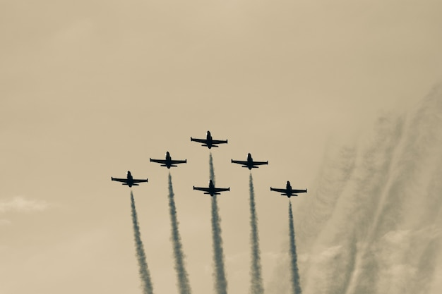 Planes squad flying in formation