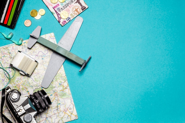 비행기에 계획된 비행, 여행. 휴가의 개념.