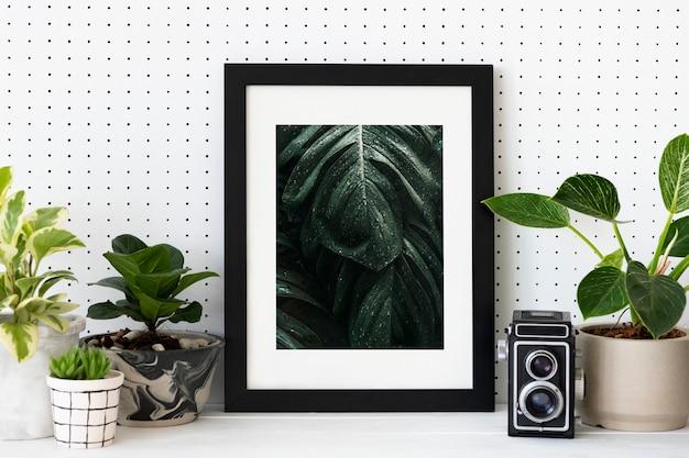 Arredamento per la casa amante delle piante con cornice