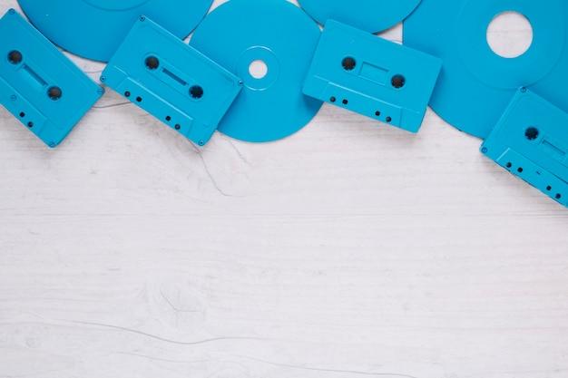 Cassette di plastica sui dischi