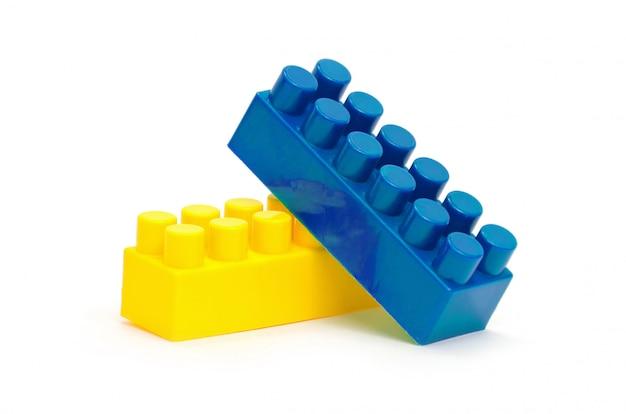 Пластиковая конструкция на белом изолированные