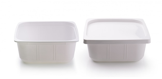 ホワイトスペースで分離されたプラスチック製のフードボックス