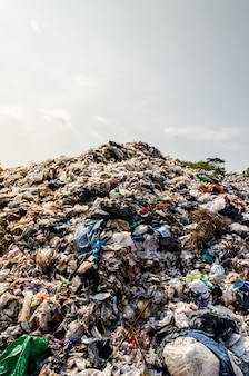 Plastic and other waste in municipal waste disposal