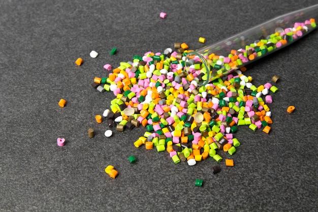 Пластиковые гранулы полипропилен полиэтилен