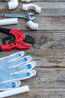 手袋とパイプを備えたプラスチックパイプ切削工具
