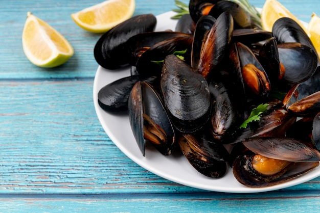 Plate of cooked mussels